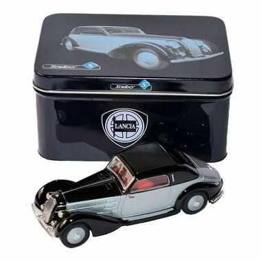 Miniatuur auto lancia astura 1934 1:43