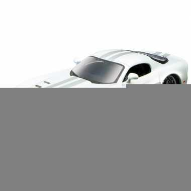 Modelauto dodge viper srt-10 1:32