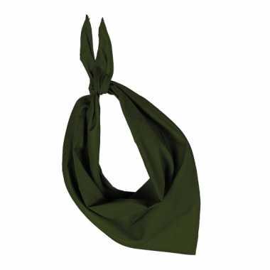 Olijfkleurige hals zakdoek