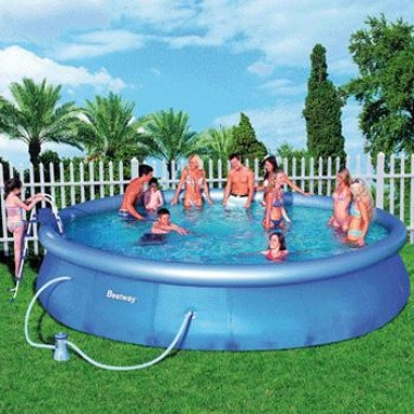 Opblaasbare zwembaden van 549 cm
