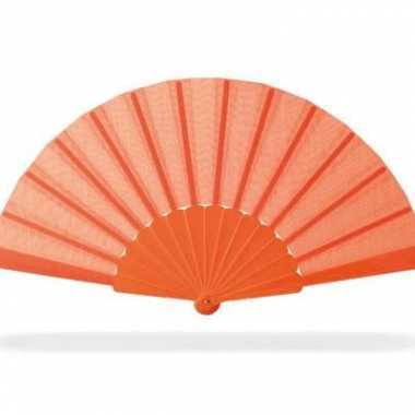 Oranje hand waaier