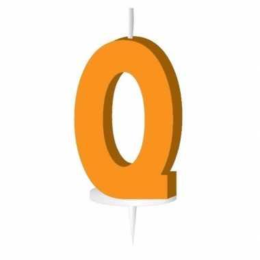 Oranje naam kaarsje letter q