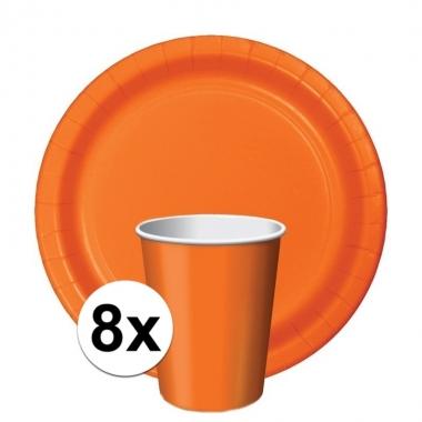 Oranje tafeldecoratie set 8 bekertjes en 8 bordjes