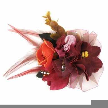 Rode haarbloemen met clipspeld