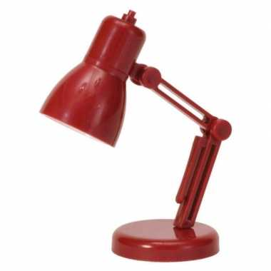 Rood mini bureau lampje op batterij 9 cm