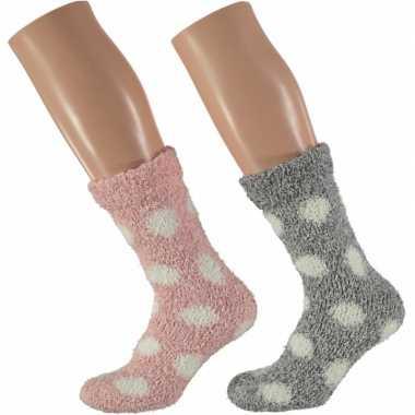 Roze en grijze dames huissokken met stippen 2 paar