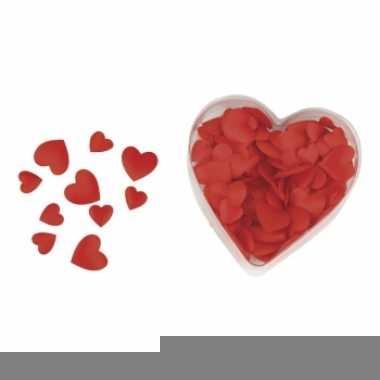 Satijnen hart strooiblaadjes rood