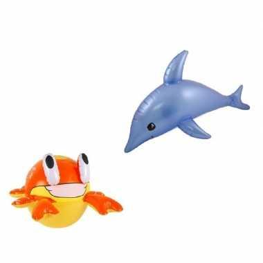 Set van opblaasbare zeedieren dolfijn en krab
