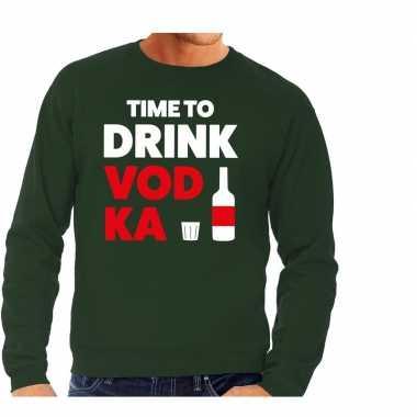 Time to drink vodka tekst sweater groen voor heren