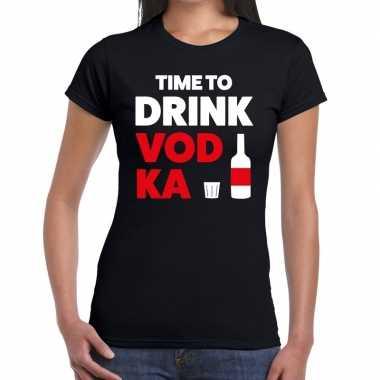 Time to drink vodka tekst t-shirt zwart dames