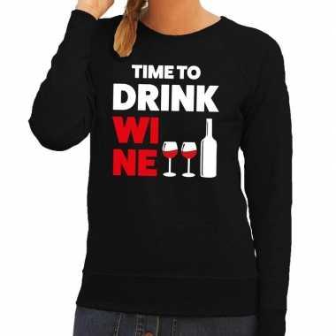 Time to drink wine tekst sweater zwart voor dames