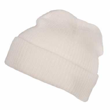 Warme winter muts voor volwassenen wit