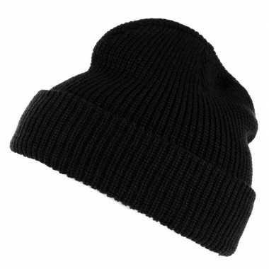 Warme winter muts voor volwassenen zwart