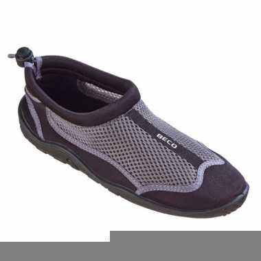 Waterschoenen met anti-slip zool zwart