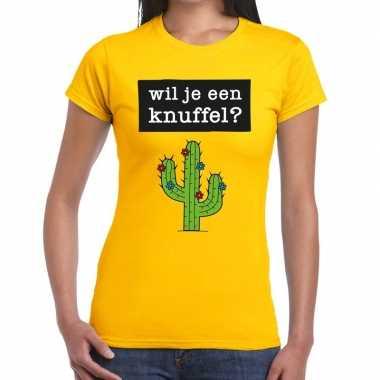 Wil je een knuffel tekst t-shirt geel dames