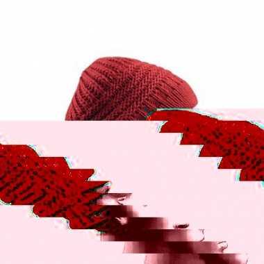 Winter mutsen gebreid in roest rode kleur