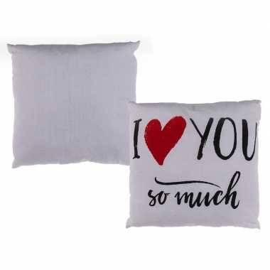 Wit kussentje i love you so much 40 x 40 cm