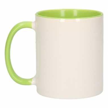 Wit met groene blanco mok