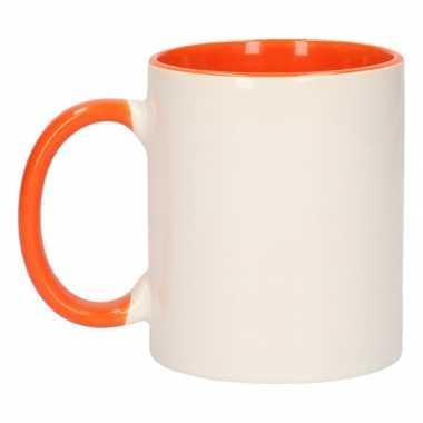 Wit met oranje blanco mok