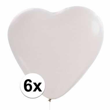 Witte hartjes ballonnetjes