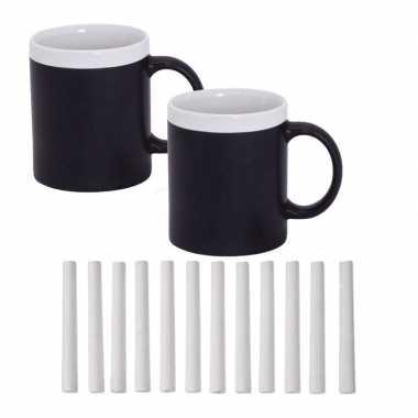 Witte koffie beker met krijt