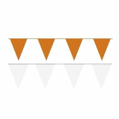 Witte/oranje feest punt vlaggetjes pakket 60 meter
