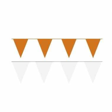 Witte/oranje feest punt vlaggetjes pakket 80 meter