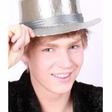 Zilveren hoedjes