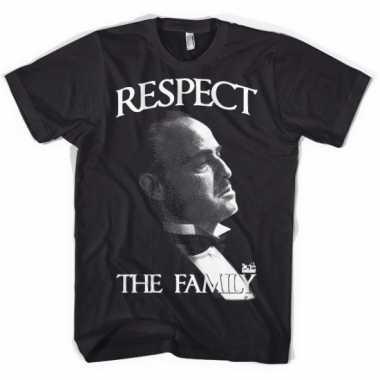 Zwart respect the family t-shirt