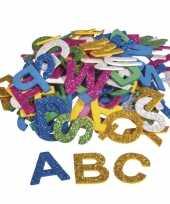 130x zelfklevende hobby knutsel foam rubber letters met glitters trend
