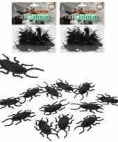 24x horror decoratie kakkerlakken van plastic 6 cm trend