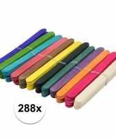288x houten hobby stokjes gekleurd trend