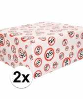 2x inpakpapier cadeaupapier 50 jaar 300 x 70 cm op rol trend