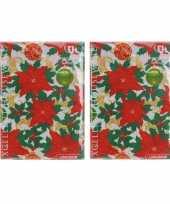 2x kerst thema tafelkleed wit met kerststerren 180 x 130 cm trend