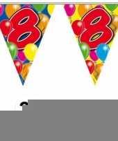 3 gekleurde slingers 8 jaar met sticker trend