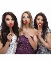 3 lippen photo props op stokje trend