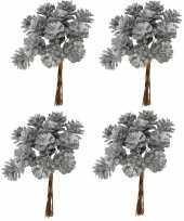 4x kerststukje instekers bosje van 12 zilveren dennenappels op draad trend