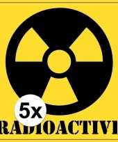 5x halloween decoratie radioactief radioactive sticker 10 5 cm trend 10121794