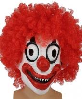 Angstaanjagend clownsmasker met rode krullen trend