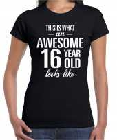 Awesome 16 year 16 jaar cadeau t-shirt zwart dames trend