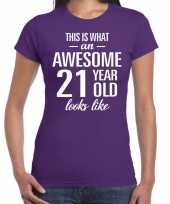 Awesome 21 year 21 jaar cadeau t-shirt paars dames trend
