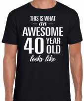 Awesome 40 year 40 jaar cadeau t-shirt zwart heren trend