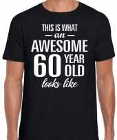 Awesome 60 year 60 jaar cadeau t-shirt zwart heren trend