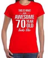 Awesome 70 year 70 jaar cadeau t-shirt rood dames trend