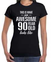 Awesome 90 year 90 jaar cadeau t-shirt zwart dames trend