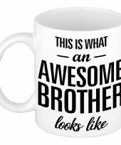 Awesome brother cadeau mok beker voor broer 300 ml trend