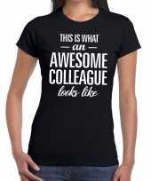 Awesome colleague tekst t-shirt zwart dames trend