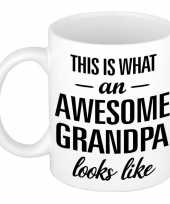 Awesome grandpa opa cadeau mok beker 300 ml trend