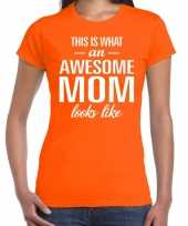 Awesome mom tekst t-shirt oranje dames trend