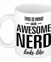 Awesome nerd slimmerik cadeau mok beker 300 ml trend